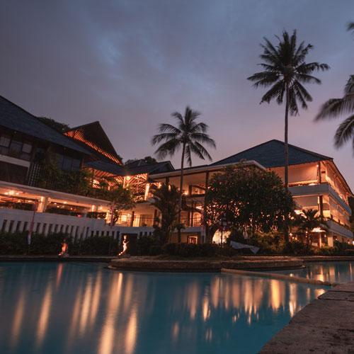 hotel-banner-night
